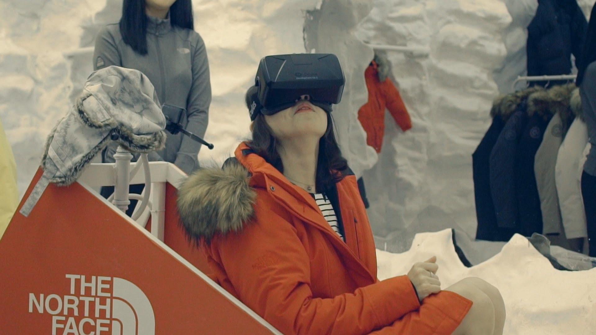 VR in Hong Kong retail store, shoppertainment, shopping